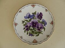 """Royal Albert Bone China Plate Queen Mothers Favourite Flowers Series """"Pansies"""""""