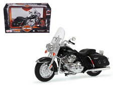 2013 HARLEY DAVIDSON FLHRC ROAD KING CLASSIC BLACK MOTORCYCLE 1/12 MAISTO 32322