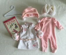 American Girl Doll Snowy Chic Outfit Winter w/ Book 2008