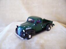 1/24 DIE CAST MOTOR MAX 1941 PLYMOUTH PICK UP TRUCK STOCK DARK GREEN