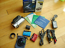 Sony Handycam HDR-HC7 HD Camcorder Software Century Lens Night Shot Cables Box
