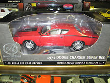 1 18 ERTL AUTHENTICS 1971 CHARGER SUPERBEE 426 HEMI BRIGHT RED WHITE INTERIOR
