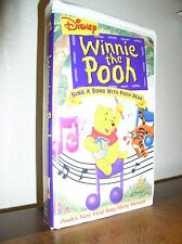 Disney: Sing a Song with Pooh Bear (VHS, 2000, Clamshell)