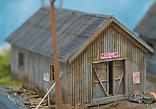 STORAGE SHED HO Model Railroad Structure Unpainted Laser Wood Kit NS40002