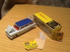 Vintage Fiat 2300 Dinky toy 172