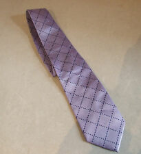 Gorgeous Lilac Men's Tie with Black Diamond Broken Lines Really Nice- FREE Post