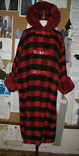 VINTAGE GENNY DUE RED/BLACK PLAID HOODED COAT FAUX FUR TRIM ON HOOD AND CUFFS