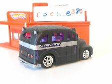 LOOSE 2010 Hot Wheels GARAGE SET EXCLUSIVE * SCHOOL BUSTED * LRW CHASE BASE VHTF