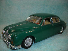 1/18 1959 JAGUAR MKII 4DR. CUSTOM WITH V-8 IN HUNTER GREEN BY MAISTO NO BOX.
