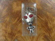 Lot of 2 Keychain: 1 pcs Red Eyes Metal Alien & 1 pcs The Three Stooges Moe