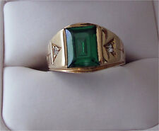 Gold Emerald Green Stone & Diamond Man's Signet Ring 6gr. Size 8.5 -  10K