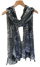LADIES BLACK WHITE GREY MONOCHROME BATIK LOOK PAISLEY PRINT BOHO TASSLED SCARF