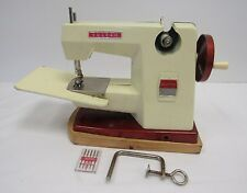 Vintage Vulcan Countess Child's Toy Sewing Machine Hand-Operated - WEL S4
