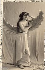 BE428 Carte Photo vintage card RPPC Femme woman robe feuille oiseau costume