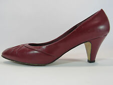 Red Cross Shoes Vintage Women's Maroon Pumps Heels Size 9B EUC  HC