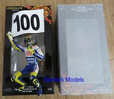Minichamps - Valentino Rossi Figure, 2009 Assen MotoGP  '100 GP Wins' - 1/12 NEW
