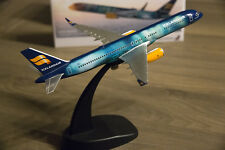 NEW PacMin Icelandair Hekla Aurora B757-200 model 1:200