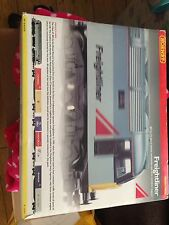 Hornby R2080 Freightliner 47345 Train Pack With Three Container Wagons
