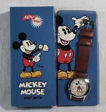 Mickey Mouse Pie Eye Watch c.2006 Disney Collectors Edition in Box B93