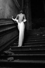 Impresión de una dama en sala de baile vestido. B & w Arte y fotografía Cartel Imagen