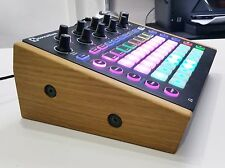 Solid OAK Supporto per NOVATION circuito SINTETIZZATORE DRUM MACHINE