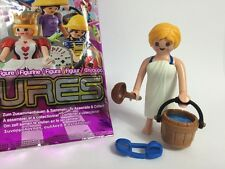 Playmobil Series 10 Sauna Day Spa Guest Removable Towel Sandals Lady Figure 6841