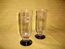 2 flûtes à champagne art déco en cristal soufflé et taillé signé Daum