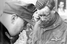 WW2 - Pilote de planeur britannique interrogé par un officier allemand le 6.6.44