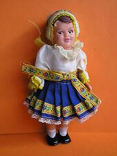 sehr alte Trachtenpuppe im Original Puppe Folklorepuppe CSSR DDR Schlafaugen