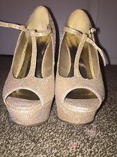 Gold Heels Wedges Pumps Shoes Spark Shine Wedding Holiday Party Night Size 9