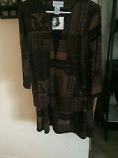 Jaclyn Smith 2PC top/ Skirt Set  size small NWOT