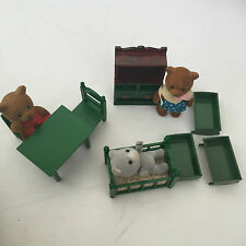 SYLVANIAN FAMILIES VINTAGE COT CHAIRS DISPLAY CABINET DESK 3 X CRIB COT 3 FIGURE