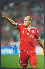 Arjen Robben Chelsea / Bayern / Holland signed football picture