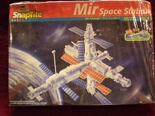 Revell Mir Space Station 1/144 Model Kit NIB Made in USA 1998