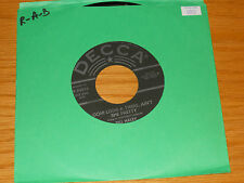 "ROCKABILLY 45 RPM - BILL HALEY - DECCA 30956 - ""OOH! LOOK-A-THERE, AIN'T SHE..."""