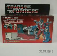 Vintage 1986 G1 Transformers Autobot Ultra Magnus Boxed Outstanding condition