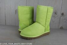 UGG CLASSIC SHORT FERN RETIRED COLOR  SUEDE SHEEPSKIN WOMENS BOOTS  US 7 NIB