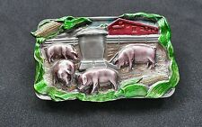 FARM SCENE CORN FARMER 3D PIGS HOGS FEEDING COLORFUL BELT BUCKLE 1984 BERGAMOT