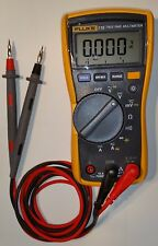 Fluke 115 True RMS Multimetro/Tester digitale