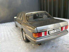 MERCEDES BENZ 560 SEL. Escala 1:18 Norev