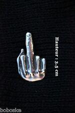 Insigne (fixation type pin's ) représentant un doigt d'honneur-100% étain