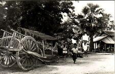 VIETNAM - INDOCHINE - DEPART POUR LE MARCHE - CARTE PHOTO NON SITUEE.