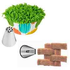 Wilton Icing Decorating Tip Set 47 Basketweave and 233 Fur, Hair, Grass Effect