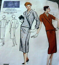 1950s VOGUE VINTAGE MODEL DRESS SEWING PATTERN 10/32.5 UNCUT