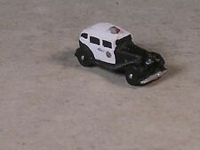 Z Scale 1932 Black and White Buick Sedan Police Car.