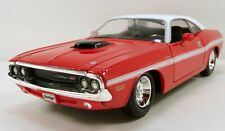 Maisto 1970 Dodge Challenger R/T coupe 1:24 scale diecast hardtop Red M14