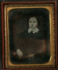 DAGUERREOTYPE 1/9 PLATE PORTRAIT WOMAN TINTED, HIGHLIGHTED JEWELRY, GOLD.
