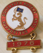 DONCASTER ROVERS Vintage 1976 SUPPORTERS CLUB Badge Brooch pin Gilt 23mm x 24mm
