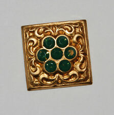 VINTAGE BRASS STAMPING SQUARE FINDING PALACE OPAL GREEN SWAROVSKI ELEMENTS 22mm