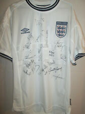 England Euro 2000 Squad Signed Home Football Shirt with COA BNWT /5199